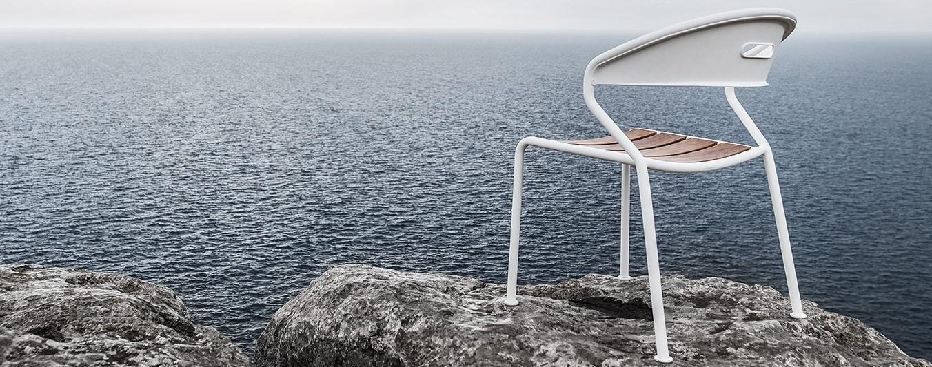 Gloster Furniture Seating Arrangement